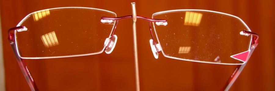 Ručně vybrušované vrtané brýle na míru s impozantním elegantním výbrusem (Caput Trianguli)