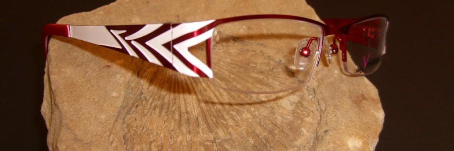 Vázaná brýle s moderním designem